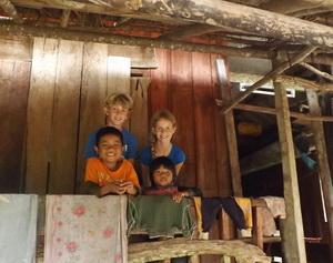 Homestay terrace kids_bert smeets (2)_edit-300_237