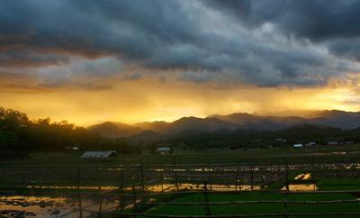 Raincloud_mountain_bert_edit_400_247