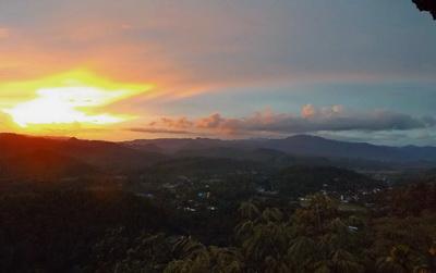 Sunset mae hong son_smeets_edit_400_251
