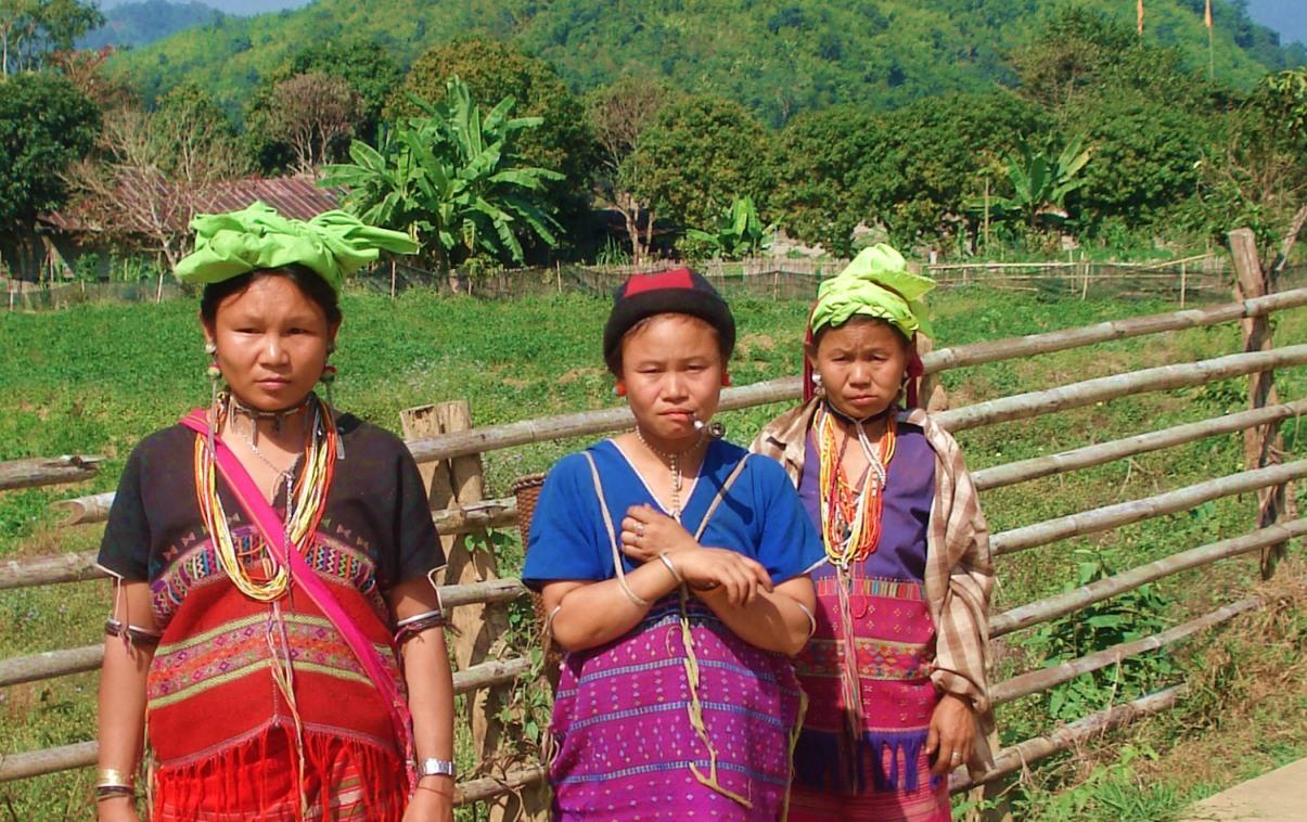 Karen Skaw Hill tribe women Thailand
