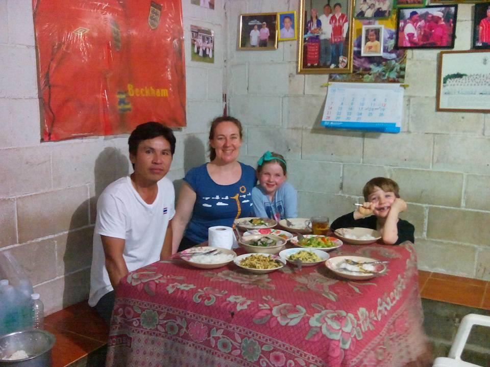 Karen Hilltribe homestay, Anan guide