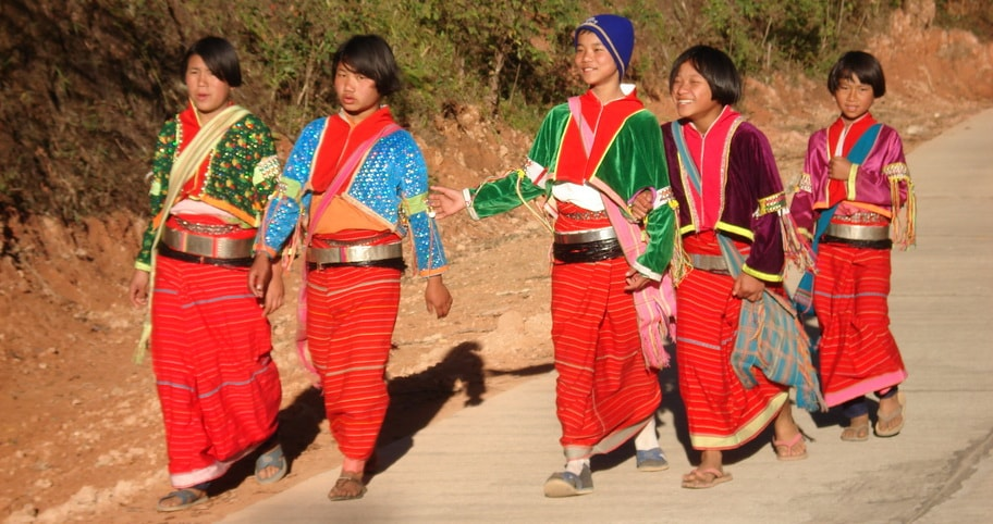 Palong Hill tribe Girls walking to school, Chiang Mai to Chiang Rai Tour