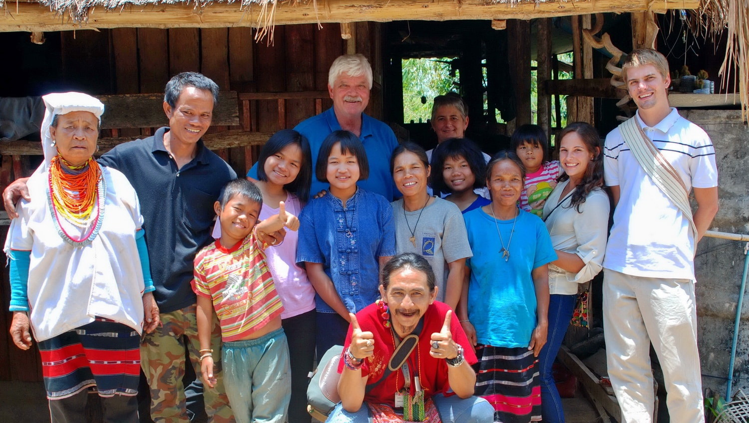 Thailand hilltribe holidays homestay group pic_1500_848_Comp