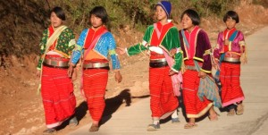 Palong Girls walking to school - Doi Angkhang